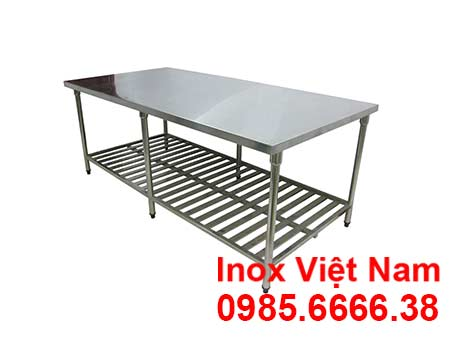 ban-inox-so-che-co-ke-duoi