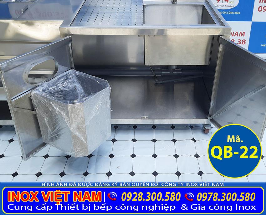 goc-trong-ngan-duoi-cua-quay-pha-che-inox-304