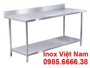 ban-inox-1-tang-co-gay