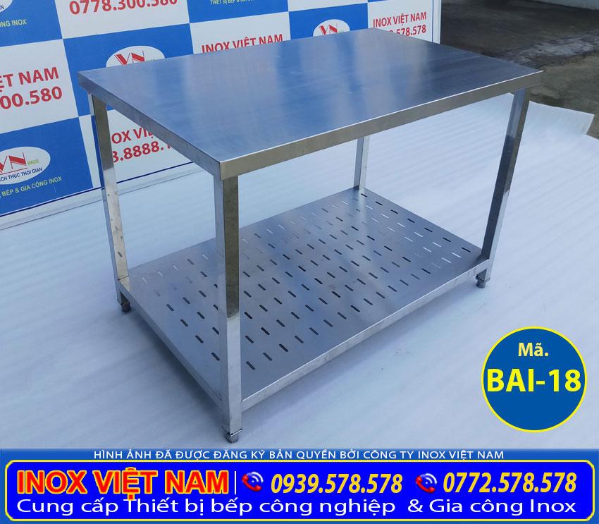 ban-inox-2-tang-co-ke-duoi-bai-18
